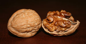 5 natural foods walnuts