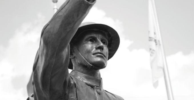 vet statue